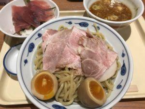 サバ濃厚鶏辛つけ麺+マグロ丼¥1,080
