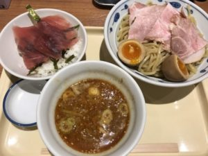 サバ濃厚鶏辛つけ麺+マグロ丼¥1,080_2
