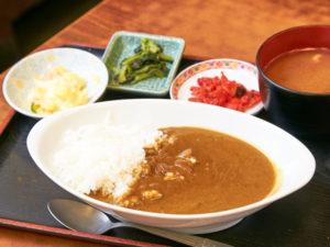 「十代橘」金曜日限定のカレー¥730(持ち帰りは¥600)