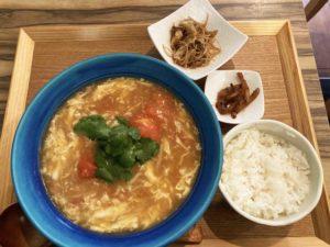 トマトと卵の鶏白湯拉麺¥1,000
