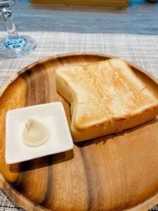 ランチ 自家製パン、自家製バター パン1枚(おかわり可)ライスに変更可